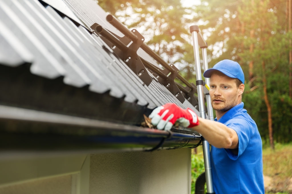 Gutter Repair Belle Oak Villas